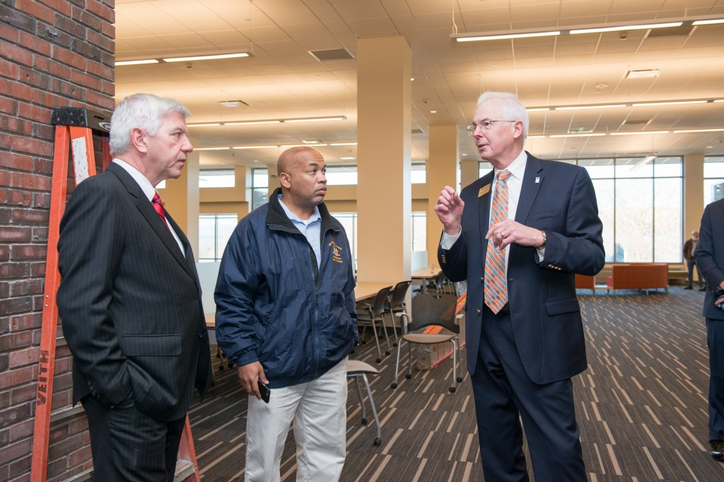 20151120-1_Campus Visit with Kevin Cahill and Speaker Heastie_127