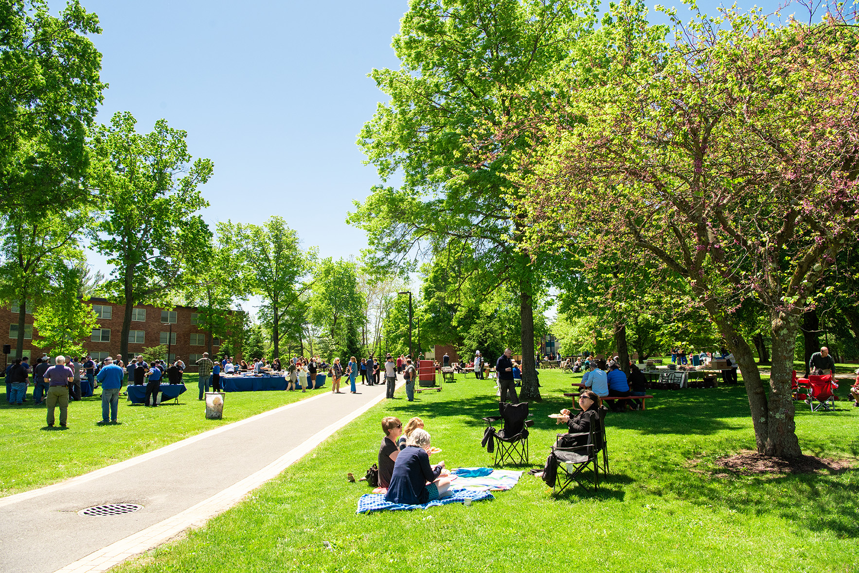 Suny New Paltz Academic Calendar Spring 2022.A Beautiful Day For A Picnic At Suny New Paltz Suny New Paltz News